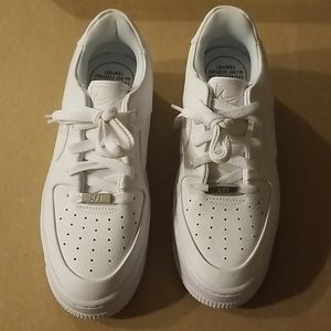 W7.5 Airforce1 White sneakers